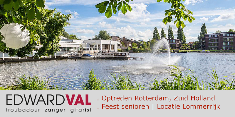 Troubadour zanger gitarist Edward Val | Optreden Rotterdam Zuid Holland Feestlocatie Lommerrijk | Bewonersinitiatief | Bergse Plas