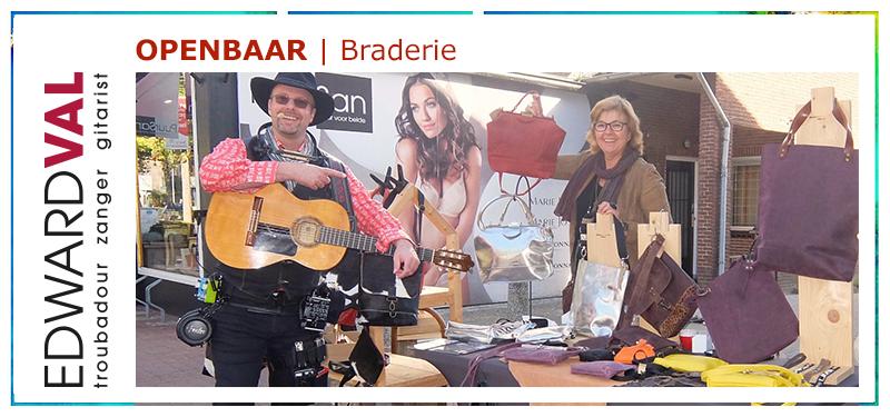Muzikant braderie markt mobiel optreden zanger gitarist Edward Val Troubadour Nijkerk
